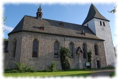 Außenaufnahme der Kirche